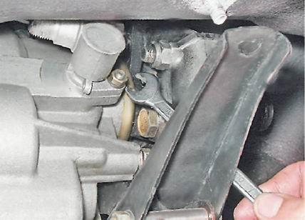Фото №11 - замена привода спидометра ВАЗ 2110