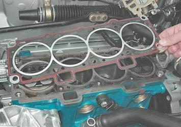 Фото №1 - замена прокладки головки блока цилиндров ВАЗ 2110